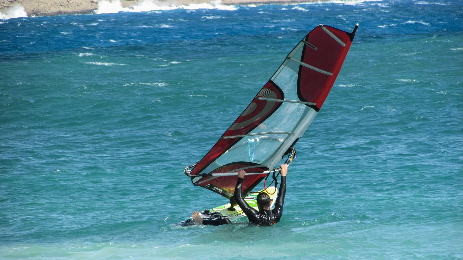 windsurfing waterstart