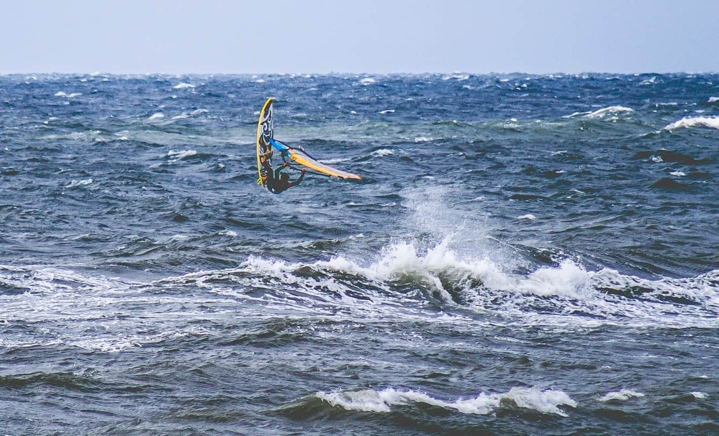 is windsurfing dangerous