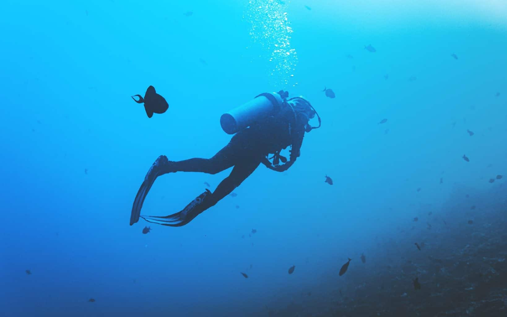 is scuba diving dangerous