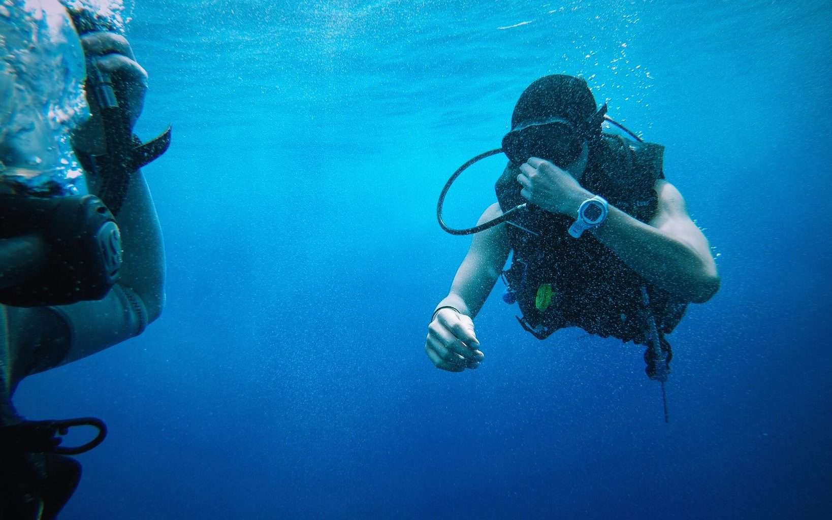 What Does Scuba Diving Feel Like
