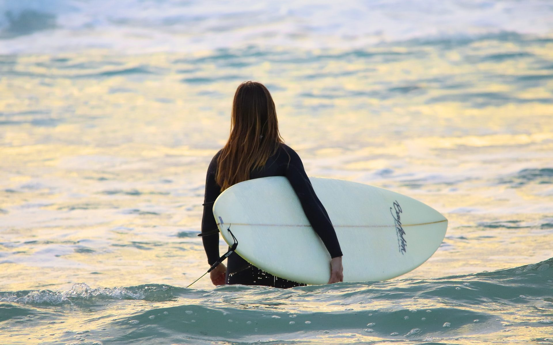 Do Surfers Hate Beginners